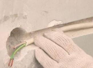 Прокладка проводки в гараже