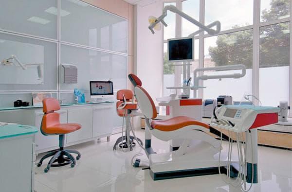 Светильник для стоматолога