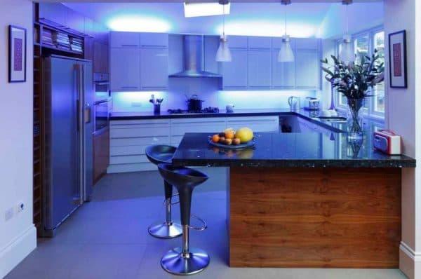 Многоуровневнеы LED светильники для кухни