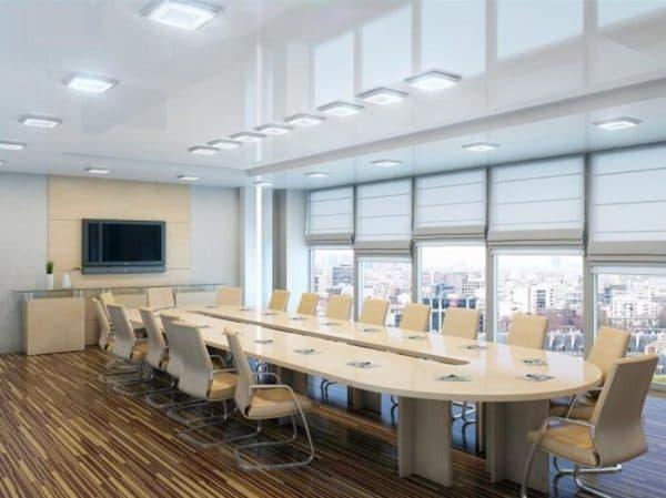 Освещение в совещательном кабинете