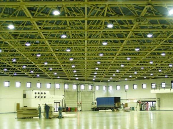Светодиодные лампы для склада