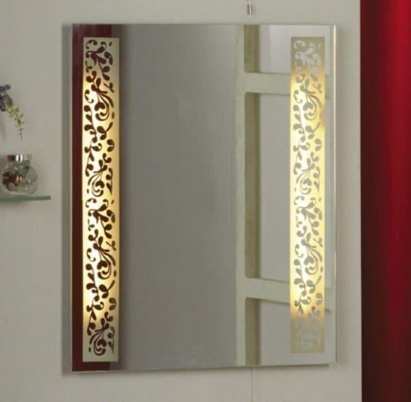 Вариант подсветки зеркального полотна