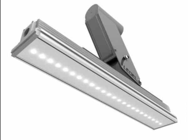 Светильник с корпусом из нержавеющей стали