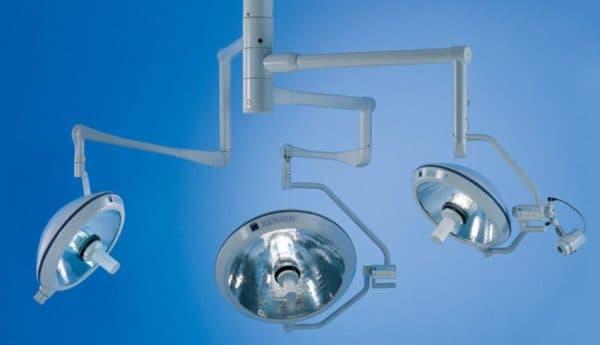 Лампа в операционную бестеневая