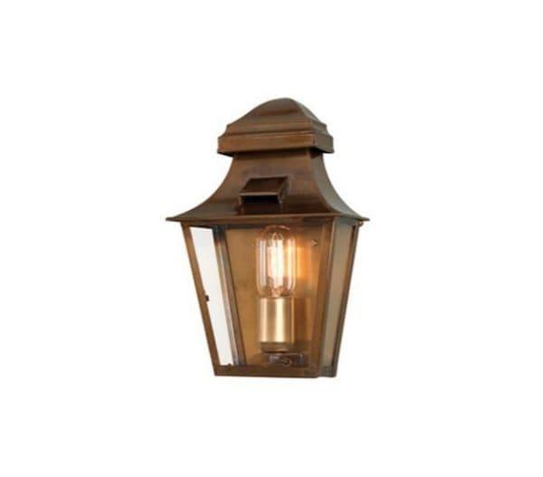 Уличный настенный светильник в прованском стиле