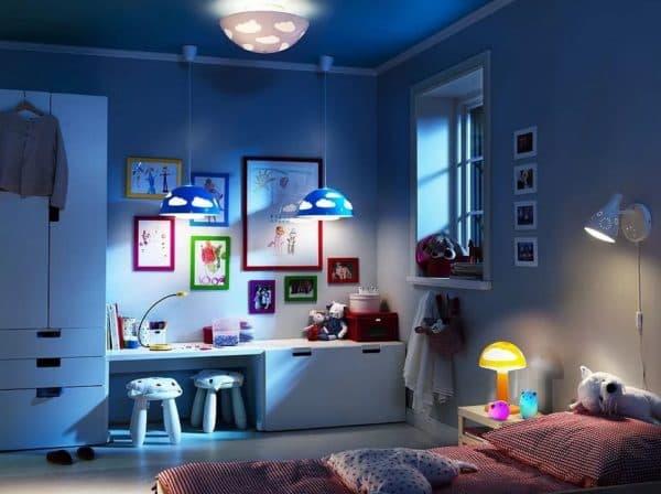 Люстра в детской комнате