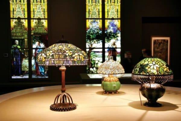 Настольные лампы в стиле тиффани